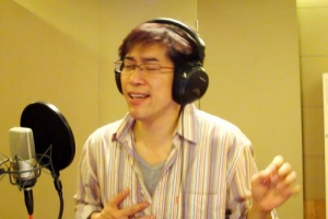 Bing在錄製一位弟兄原創歌曲。 (圖:基督時報) <br/>