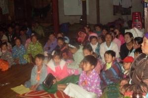 受災兒童藏身於克欽族傈僳教會的兒童院舍。(圖:施達基金會) <br/>