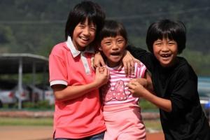 台灣世界展望會重視兒童健康成長與教發展,特別為國內貧童打造「投資豐盛生命」計畫,全面照顧這群易受社會忽略的孩子與家庭。(圖:台灣世界展望會提供) <br/>