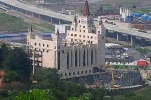 被溫州地方政府強制拆除的三江大教堂。(圖:網絡截屏) <br/>