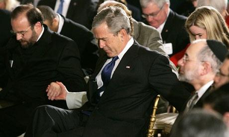 美國前總統布殊因基督信徒在任期間被抨擊為反科學。
