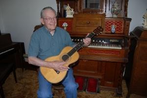 杭克安(Carl Hunker)牧師。 <br/>圖:杭克安牧師紀念網站