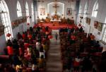 天主教信徒在非官方的教堂裡參加禮拜。中国河北,2016年12月11日。