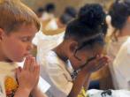 孩子們在禱告
