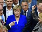 在議會表決同性戀合法議案時,德國總理梅克爾持反對意見。