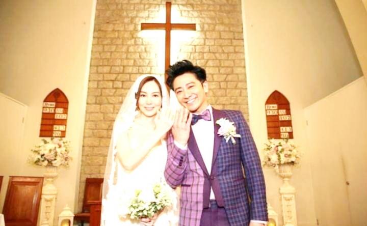 孫耀威(右)與女友結束八年愛情長跑,兩人結成夫妻。 (圖: 網絡)