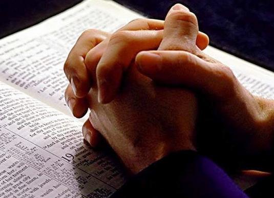 寇紹涵牧師:禱告要有正確的方向 (圖:來自網絡)