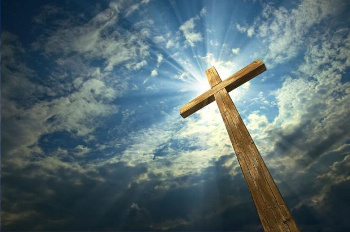 溫偉耀牧師講道時,以《聖經》〈彼得前書〉的經文告訴聽眾要以喜樂的心面對苦難。(圖: 網絡)
