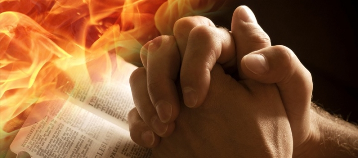 寇紹涵牧師指出,禱告要誠心不要華麗的詞彙。 (圖:來自網絡)