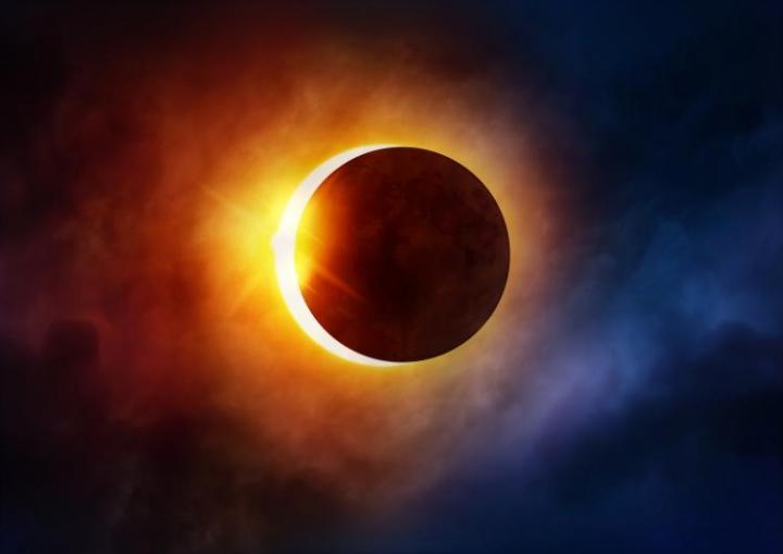 8月21日中午,美國出現日蝕的奇景,令人嘆為觀止。 (圖:Time and Date)