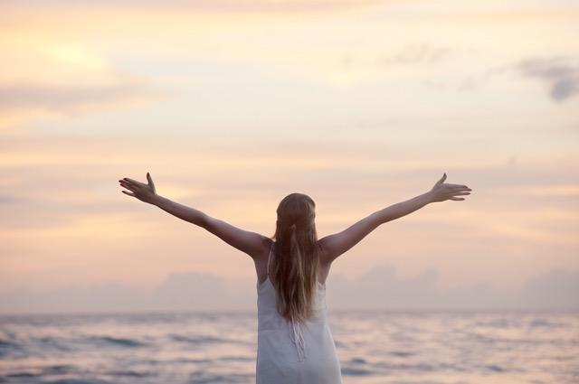 路卡杜指基督徒遇到問題都要專心仰望上帝(圖:網絡)
