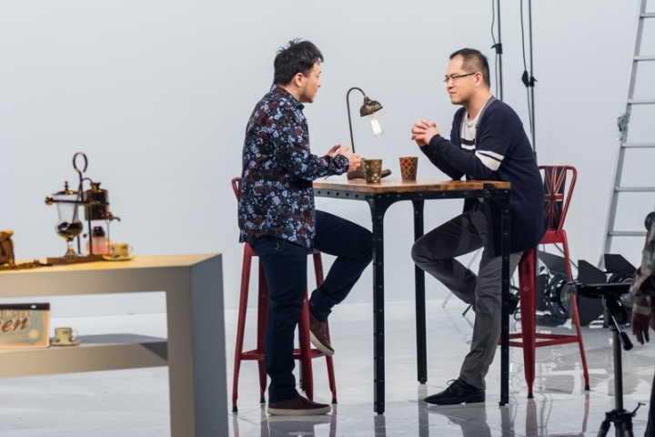 周巽正牧師和廖文華牧師於《共享觀點》節目中,與聽眾分享如找拎尋合適伴侶。 (圖: 網絡)