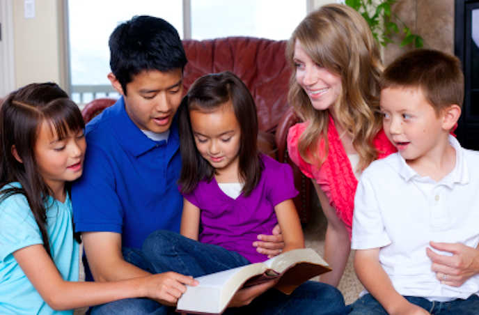 吳獻章牧師提醒華人教會在培養「信二代」時要注重家庭靈性教育。