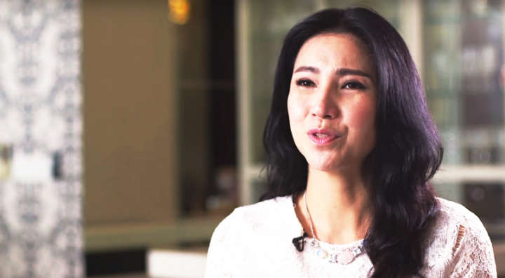 曾獲四屆大馬影后的陳美娥講述在娛樂圈的人情冷暖,並分享自己如何走出陰霾而信主的經歷。(圖:《星火飛騰》視頻擷圖)