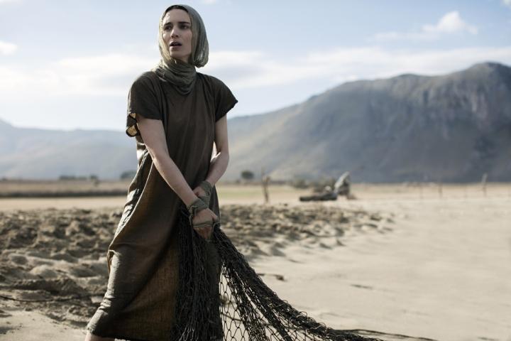 魯妮.瑪拉飾演抹大拉的馬利亞。(圖:環球影業)