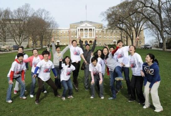 中國留學生在美國。(圖:網絡圖片)
