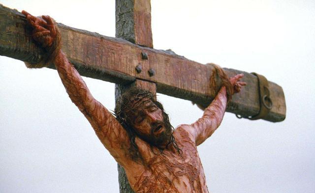 耶穌為愛世人犧牲釘於十字架。(圖:網絡圖片)