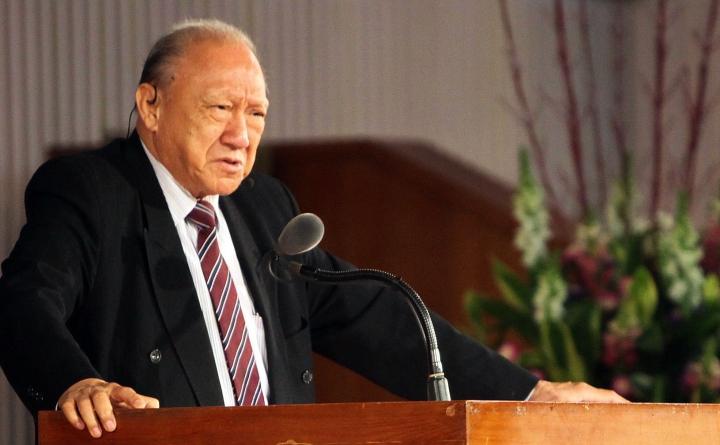 唐崇榮牧師在台灣的告別會向當地教會進言。(圖:唐崇榮國際佈道團台灣辦事處)