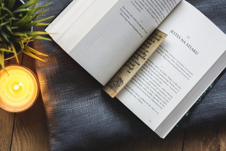 信徒養成良好閱讀習慣。(圖:Pixabay網)