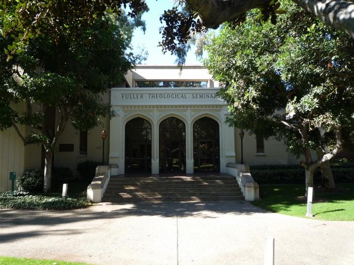 富勒神學院(Fuller Theological Seminary)位於南加州帕薩迪納(Pasadena)的主校園。(圖:Bobak Ha'Eri/CC-By-SA-3.0)