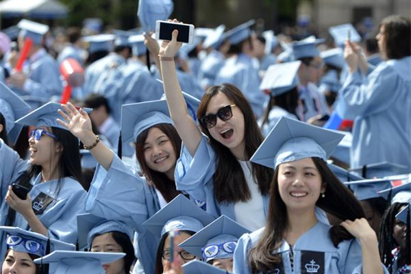 根據中國教育部統計,2016年約有55萬中國學生赴外留學。(圖:chinadaily.com)