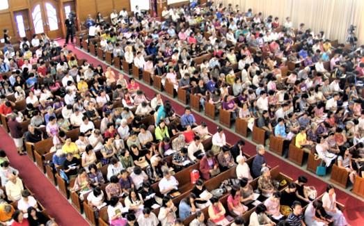歷屆的港九培靈研經大會出席人次均過萬。(圖:基督日報)