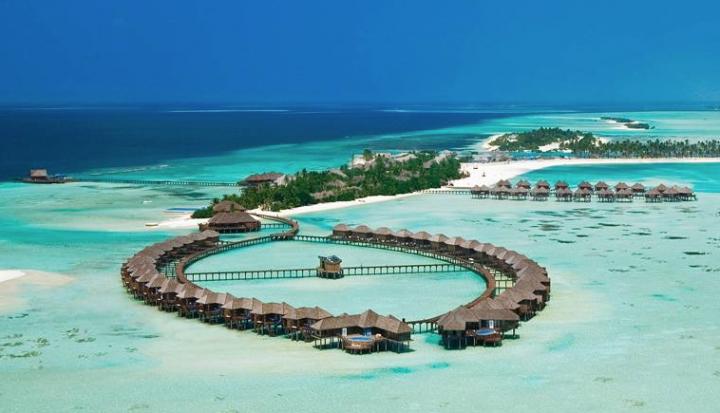 馬爾代夫雙魚島充滿陽光海灘是遊憩勝地。(圖:網絡圖片)