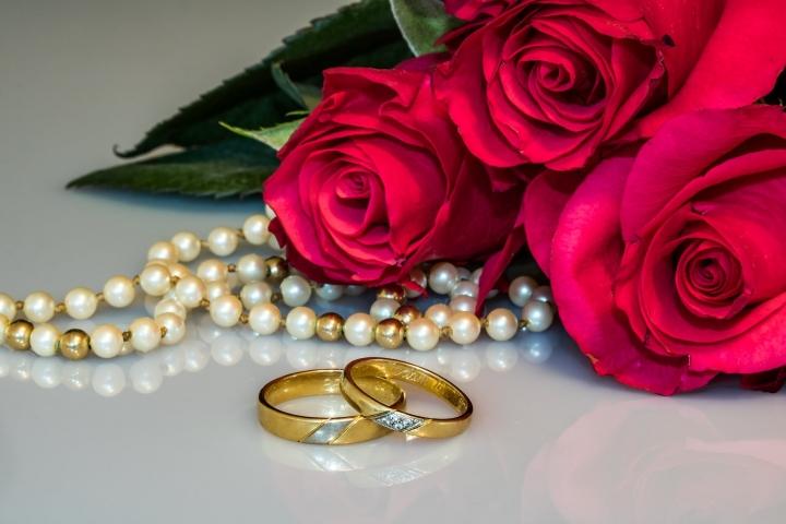 「七夕」是中國「愛情」節,婚姻不是互惠互利的約定。(圖:網絡圖片)