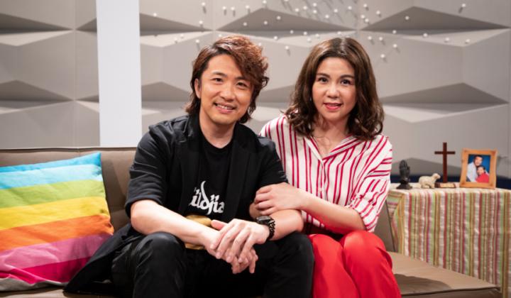 張崇德、劉美娟在創世電視「喜樂婆婆會客室」分享幸福家庭相處之道。(圖:影音使團)