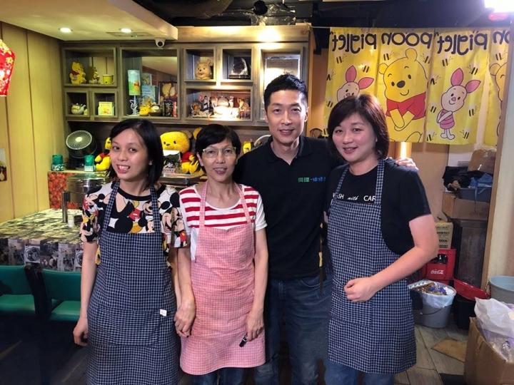 演員馬浚偉到喜樂餐廳吃飯 (圖:來自臉書 @Holycafehk)