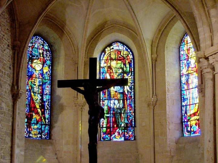 教堂玻璃鑲嵌畫同樣有著藝術宣教的作用。(圖:FreeImage)
