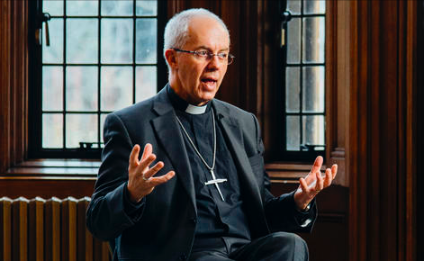英國坎特伯雷大主教賈斯汀·威爾比牧師接受premier採訪表示自己每天用方言禱告。 (圖:premier)