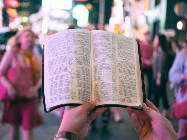 巴納研究報告顯示,近一半千禧代基督徒不認同向別人傳福音。 (圖:unsplash)