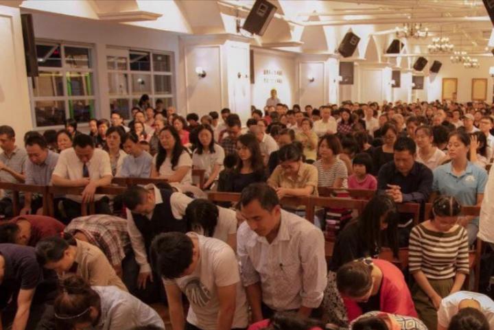 成都秋雨聖約教會昔日聚會情況。(圖:成都秋雨聖約教會網)