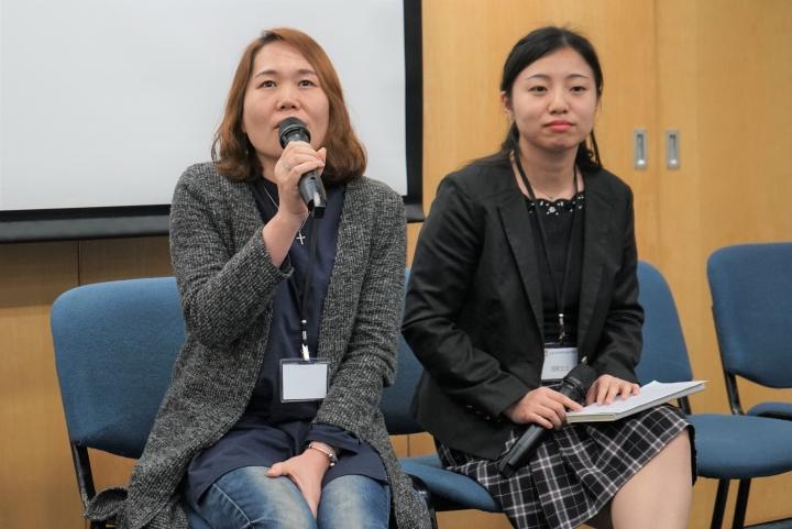 常莉(左)與高帆(右)分享融入香港的挑戰。(圖:基督日報)