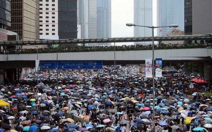 蔡惠民肯定遊行人士和平守秩序的行為。(圖:網絡圖片)