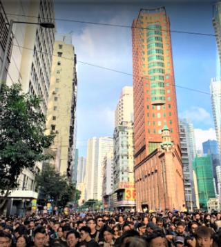 6月反送中遊行人士途經循道衞理香港堂。(圖:google map)