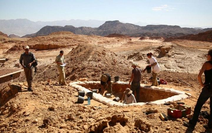 遺址為其中一個煉銅場礦渣。(圖:Central Timna Valley Project)