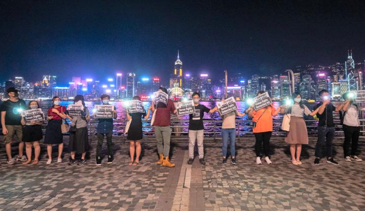 香港人築竹鏈和平表達訴求。(圖:網絡圖片)