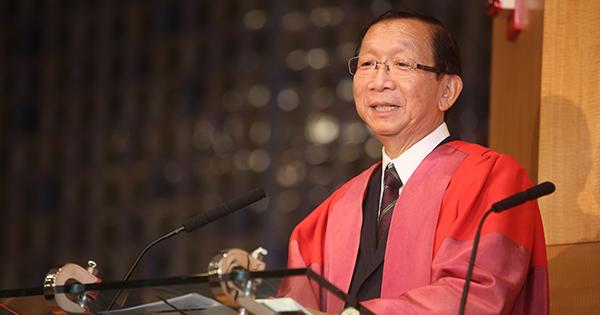 中國神學研究院榮休院長余達心9月在學院午會鼓勵信徒用宏觀視野看上帝的異象。 (圖:中國神學研究院)