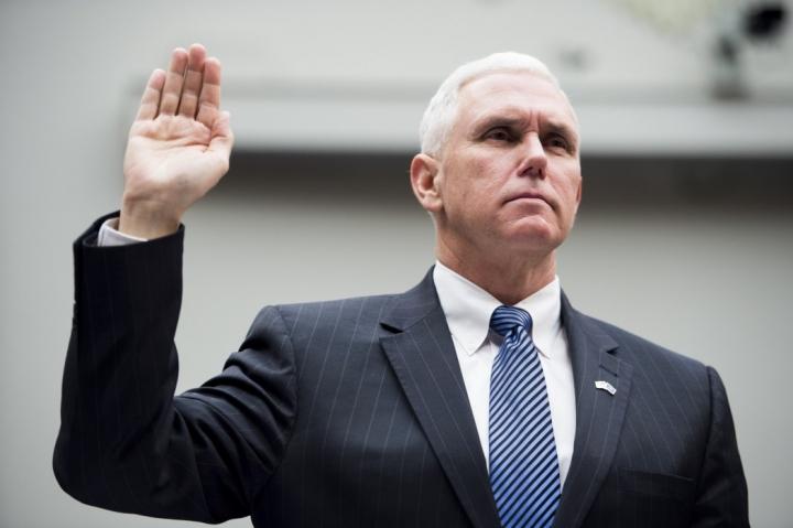 彭斯2017年1月20日宣誓就任美國第48任副總統。( 圖:Roll Call)