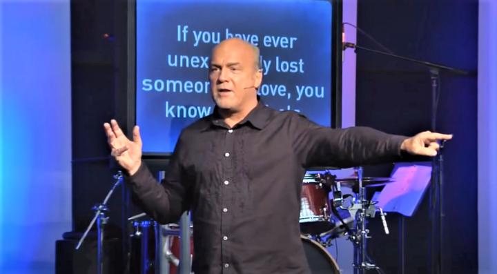 雷格·羅利 (Greg Laurie)牧師。(圖:視頻擷圖)