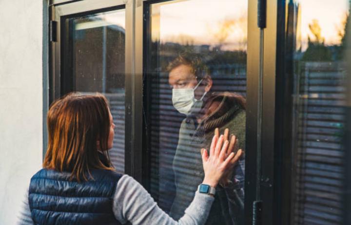 精神病學協會民調,近半美國人擔心感染新冠肺炎。(圖:Getty Images)
