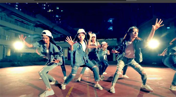舞者跳出全人全心敬拜的舞蹈。(圖:Gala Dance視頻擷圖)