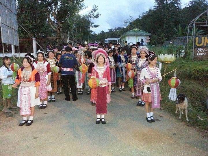 泰緬邊境翁龐村民。(圖:網絡圖片)