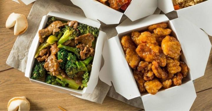 布魯克林前沿教會呼籲去華人餐館消費,支援疫情影響的生意。(圖:Forefront Brooklyn facebook)