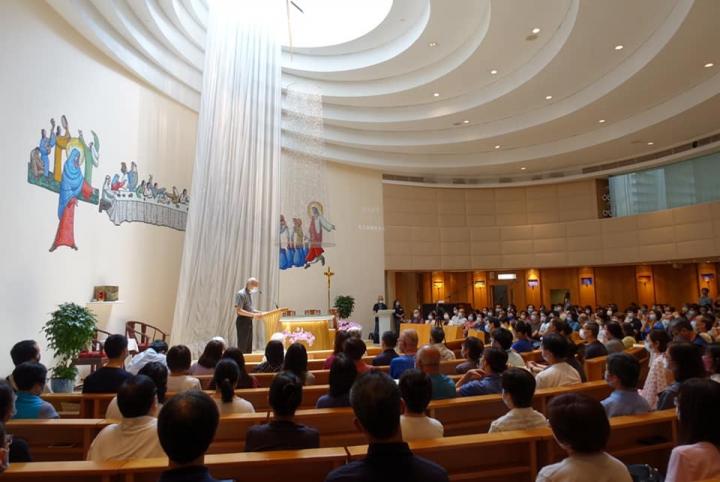 七一祈禱會於天主教聖母聖衣堂舉行。(圖:香港天主教正義和平委員會臉書)