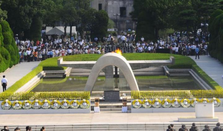 廣島和平紀念公園千羽鶴紀念碑。(圖:網絡圖片)