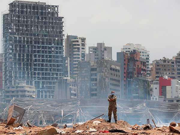貝魯特港口倉庫爆炸後一片頹垣瓦礫。(圖:網絡圖片)