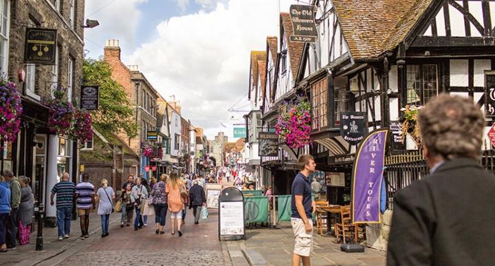 坎特伯雷街頭。(圖: Canterbury BID 網)